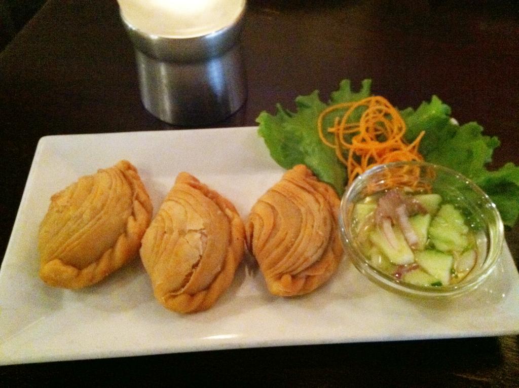 Thai curry puffs at bangkok 54 arlington va the next for Arlington thai cuisine