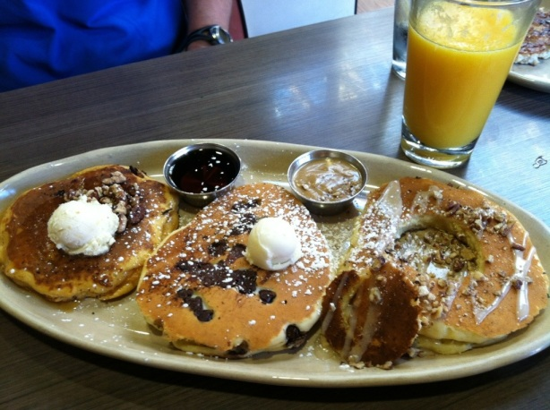 Pancake Flight, Snooze, an A.M. Eatery