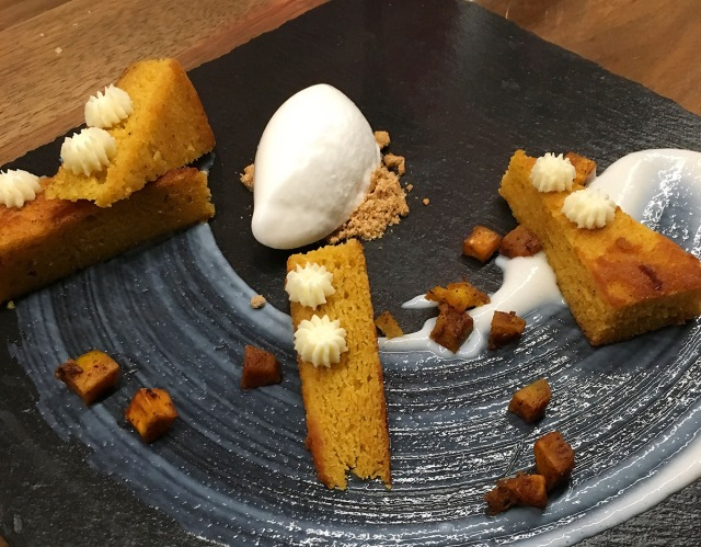 RequinDC Pumpkin Cake